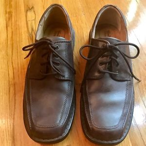 Thom McAn Brown Leather Shoes